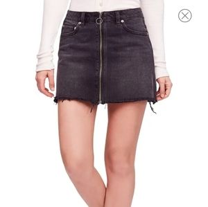 NWT We The Free/FP Zip it up Black Skirt Size 27